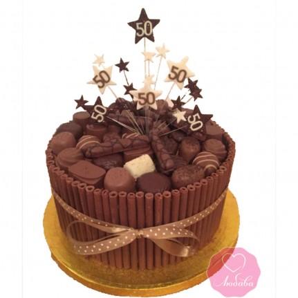 Торт на юбилей с конфетами и печеньем №2721