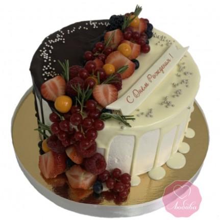 Торт шоколадный с ягодами №2849