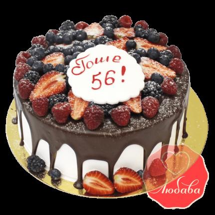 Торт с ягодами шоколадный на день рождения №1302