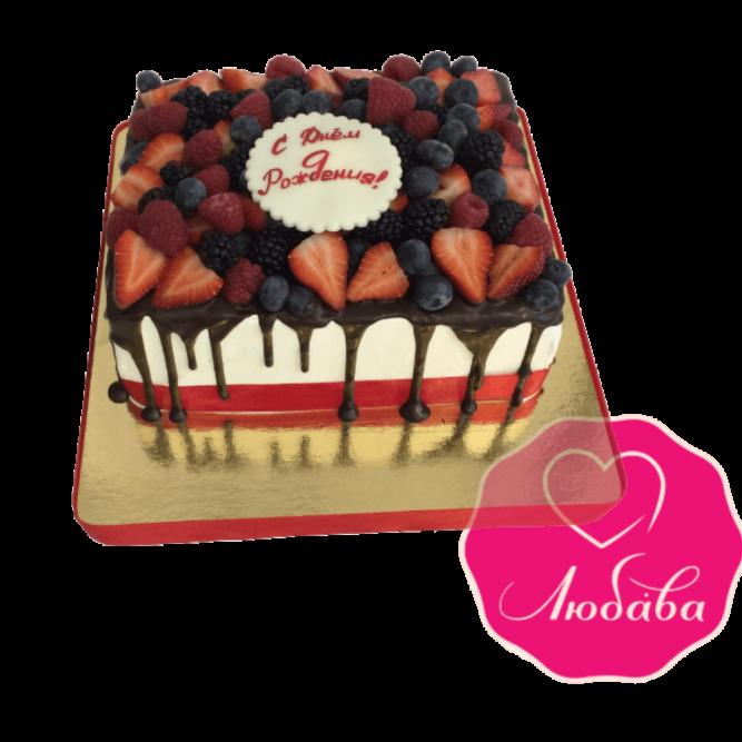 Торт на день рождения с ягодами и шоколадом №1856
