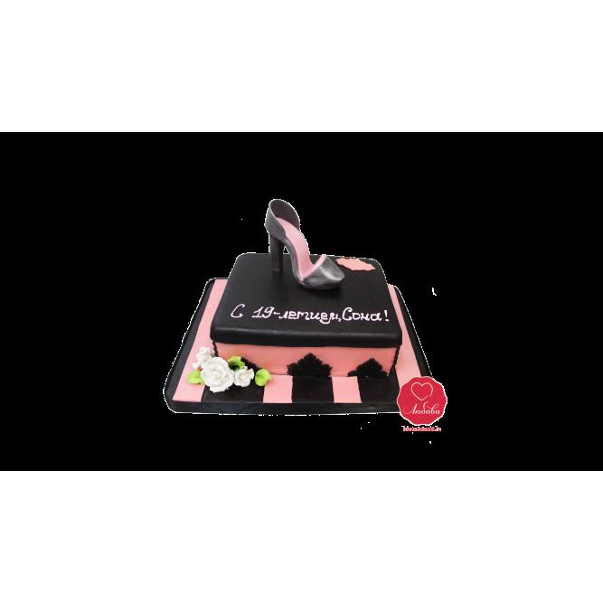 Торт Туфелька на пьедестале №1077