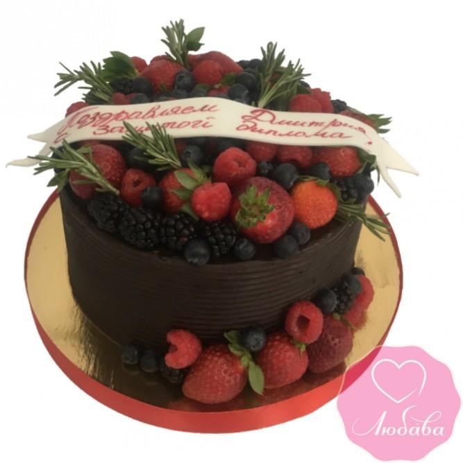 Торт праздничный ягодный на выпускной №2408