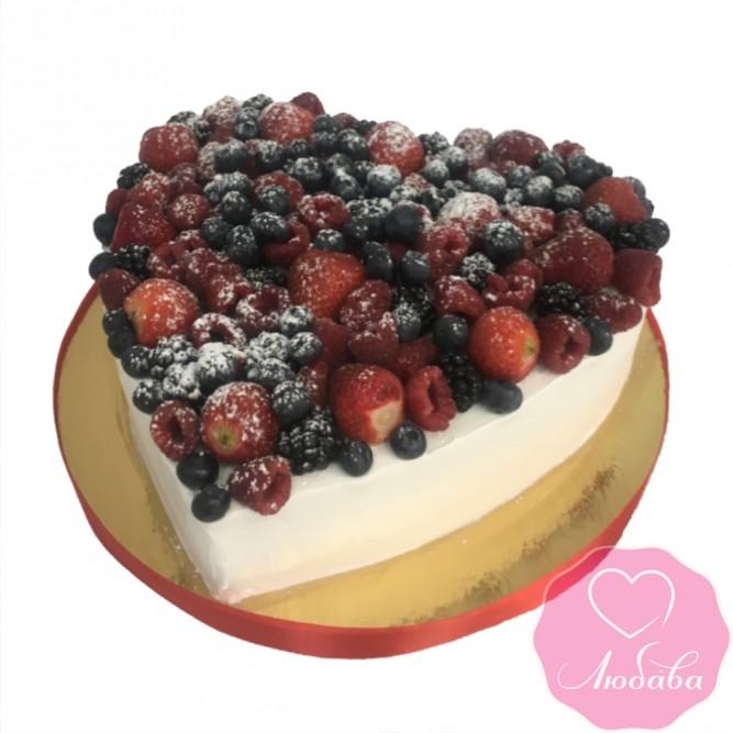 Торт без мастики ягодный сердце №2401