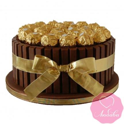 Торт без мастики с конфетами и шоколадом №2504
