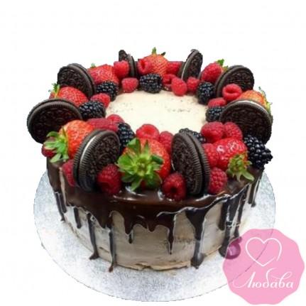 Торт без мастики с ягодами и печеньем №2505