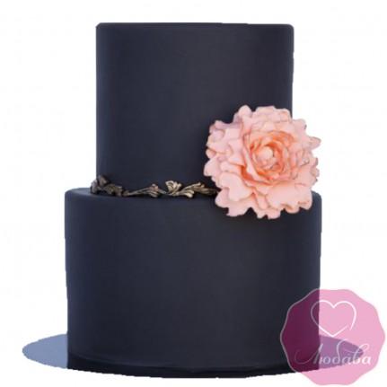 Торт свадебный черный с розой №2600