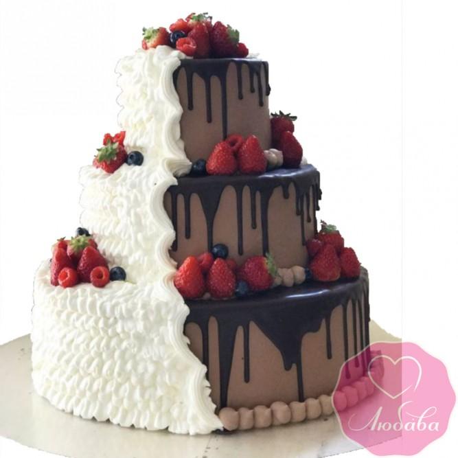 Торт свадебный два шоколада с ягодами №2615
