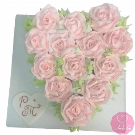 Торт свадебный сердце из роз №2683