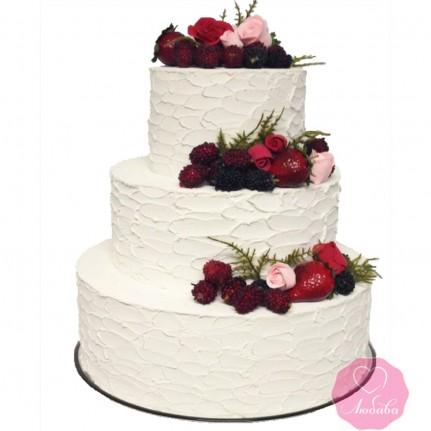 Торт свадебный с цветами и ягодами №2745